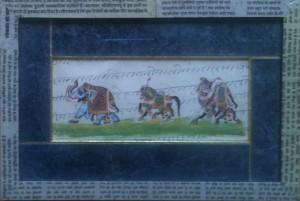 Peinture indienne - baguette gainée de papier journal