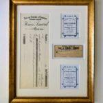 encadrement d'étiquettes anciennes, cadre doré